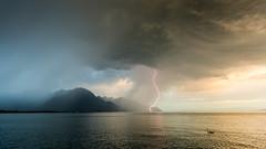 Signe de l'orage (Fabrice Giroud) Tags: prisedenuit clair suisse switzerland storm orage