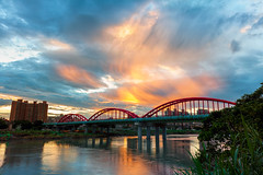 - Sunset at YongFu Bridge (basaza) Tags: 1635 30d canon