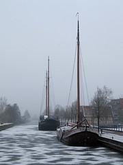 Almelo (2013) (l-vandervegt) Tags: winter snow holland ice netherlands boot boat sneeuw nederland twente overijssel niederlande ijs almelo 2013