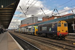 An unexpected surpise as DRS 20308 and 20312 pass through Doncaster with 6Z40 York Works - Doncaster Decoy (96tommy) Tags: york old uk 2 two england sun english up station electric train season spring weed diesel top south yorkshire united tail traction rail railway kingdom double class works april locomotive 20 purpose rare freight ee multi services direct decoy mpv doncaster weedkiller drs veichle 2013 weedkilling mpvs 20312 20308 6z40