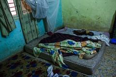 Longo caminho de volta para casa: o retorno de uma famlia a Timbuktu (AcnurLasAmricas) Tags: children westafrica mali idps returnees voluntaryrepatriation returningidps