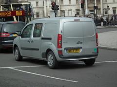 Mercedes-Benz Citan (kenjonbro) Tags: uk england london westminster silver trafalgarsquare mercedesbenz charingcross 109 sw1 cdi 2013 worldcars citan kenjonbro fujifilmfinepixhs10 wx13tff