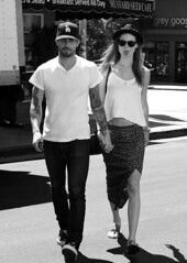 Adam Levine & Behati Prinsloo (Giulia Accioly) Tags: california ca usa sunglasses fashion lunch sandals style skirt tattoos jeans porsche bowlerhat tanktop losfeliz tee sportscar adamlevine covertible vansshoes celebritycouples mustardseedcafe behatiprinsloo labaseballcap