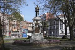 Monumento a Pedro Menndez (angelbg) Tags: florida asturias escultura avils bronce conquistador parquedelmuelle adelantado esculturaurbana pedromenndez adelantadodelaflorida manuelgarcigonzlez