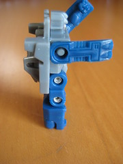 G1 Fortress Maximus (Spike) (Crimboween) Tags: thigh transformers g1 spike fortress takara qc encore maximus assembly