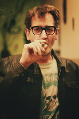 . (sommerpfuetze) Tags: portrait people man male face 50mm glasses hand smoke grain smoking mann brille matti zigarre rauch lebenssinn