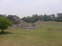 Zona Arqueológica de Comalcalco (Caneckman) Tags: