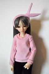 pink (Milk and Bunny) Tags: pink bunny shirt ball sweater doll skin handmade chloe denver clothes homemade ear bjd normal fairyland jointed mnf minifee usamimi