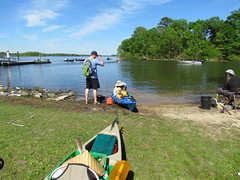 Lowcountry Unfiltered - Lake Marion Ghost Town Paddle - April 2013 (306) (greenkayak73) Tags: friends beagle nature america fun lucy southcarolina adventure kayaking ghosttown mrrussell riverdog lakemarion greenkayak73 randomconnections photopaddling lowcountryunfiltered nitrorev johnatgcc rockscemetery
