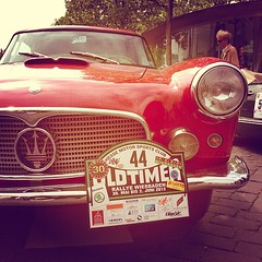 #autoemotionentv #maserati #oldtimer #rallye #wiesbaden (AutoEmotionenTV) Tags: square squareformat gotham iphoneography instagramapp uploaded:by=instagram