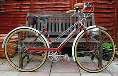 Ladies Flying Scot, 1951 (Paris-Roubaix) Tags: street ladies bike vintage flying glasgow scottish bicycles scot gears murray brooks sturmeyarcher shockstop