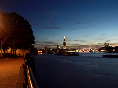 my evenings.. (laumel) Tags: city uk london night river dark evening olympus londonas e410 olympuse410