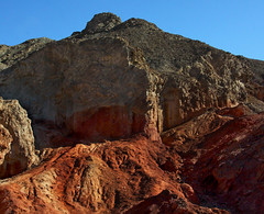 Red Rock Majesty (lefeber) Tags: california mountains landscape desert whitemountains roadtrip valley plus deathvalley mineraldeposits artistdrive