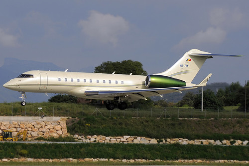 Z) Tiriac Air Global 5000 YR-TIK GRO 11/05/2013