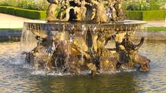 Versailles-94 (shogunangel) Tags: chateau versailles jardin fontaine eau bassin pyramide