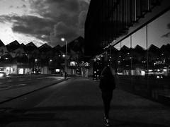 Rotterdam centre (valeriaatorres) Tags: rotterdam netherlands centre midnight medianoche kubus haus casas cubo arquitectura
