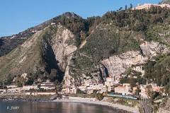 656 en baie de Taormina (Frdrick Jury) Tags: train fs trenitalia taormina