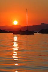Sunset near Juan-les-Pins (nathaliedunaigre) Tags: sunset coucherdesoleil mer sea mditerrane ctedazur frenchriviera colors couleurs orange contrastes contrast silhouettes bateaux boats sun soleil