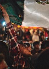 Viva 2 (btobetun) Tags: none sanmigueldeallende callejoneada people party independencia 15deseptiembre 2016