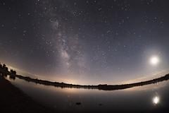 _DSC2584  SONY ILCE-7M2 FE 16mm F3.5 Fisheye  4.5 41 s08-08-16 (KZRES - Jos Miguel Romero) Tags: noche nocturna vialactea milky way paisaje landscape water agua angular sony fe