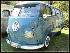 VW Combi T1, 1956 (v8dub) Tags: vw combi t 1 1956 volkswagen kombi lieferwagen transporter van bulli bus split screen microbus schweiz suisse switzerland german pkw voiture car wagen worldcars auto automobile automotive old oldtimer oldcar klassik classic collector