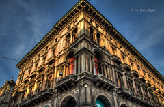 Palazzo HDR (Lux.Art) Tags: street city travel sky people buildings square milano monuments hdr