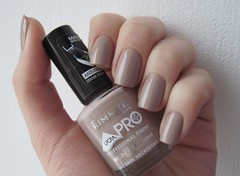 Rimmel 367 Bare Necessities (lakritze) Tags: nude swatch beige polish nails nailpolish rimmel