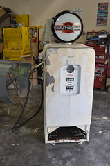 "Harley Davidson Vintage Gas Pump Style Kegerator • <a style=""font-size:0.8em;"" href=""http://www.flickr.com/photos/85572005@N00/8633627371/"" target=""_blank"">View on Flickr</a>"