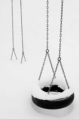 black and white (Thomas Leth-Olsen) Tags: winter snow wheel norway tire swing minimal chain hamar locations snowcovered