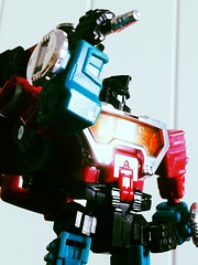 Transformers Reveal the Shield Perceptor (1) (RamblingCatastrophe) Tags: pose deluxe transformers classics generations microscope sheild autobot reveal scientist hasbro the perceptor uploaded:by=flickrmobile flickriosapp:filter=toucan toucanfilter