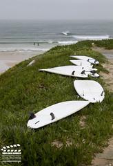 Sigue el camino hacia la ola (Video Web Services) Tags: de mar surf oleaje playa paisaje arena deporte marea peniche rompiente consolaçao lagido