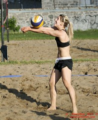 Set (Danny VB) Tags: park summer canada beach sports sport ball sand shot quebec action xx plateau montreal ballon royal sable playa player beachvolleyball mount wilson volleyball athletes players milton vole athlete montroyal mont plage parc volley 514 volleybal ete mountroyal volei mikasa voley pallavolo joueur jeannemance voleyball sportif voleibol sportive joueuse voleiboll volleybol volleyboll voleybol lentopallo siatkowka vollei voleyboll palavolo dannyvb montreal514 volleibol volleiboll