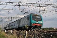 R2894 GE Br. - NO ad Alessandria (Maurizio Zanella) Tags: italia trains railways fs alessandria trenitalia treni ferrovie e464070 r2894