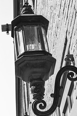 Lightpost in Fells Point (m01229) Tags: light bw unitedstates maryland baltimore theresa fellspoint d5100 nikon35mmf18