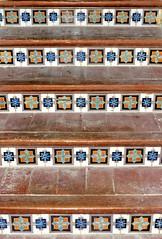Barcelona - Ptge. Serrahima 007 f (Arnim Schulz) Tags: barcelona espaa building art wall architecture liberty pared spain arquitectura arte interior wand kunst edificio catalonia ceiling lobby artnouveau decke gaud architektur catalunya mur espagne innenraum btiment gebude catalua spanien techo modernisme plafond edifici jugendstil altbau espanya katalonien stilefloreale belleepoque sostre