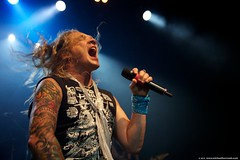 2013_05_17_Steel_Panther_178 (michaelhurcomb.com) Tags: toronto concert heavymetal bighair 80s hairspray rockband kramer spandex hairmetal leotards 80sfashion steelpanther