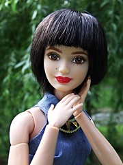 LA Girl Barbie goes brunette (Dollytopia) Tags: haircut girl la doll barbie move made makeover brunette mattel fashionistas pageboy sidecut undercut