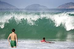 Big surf (alobos Life) Tags: big surf boy guy garoto cute nice beautiful water beach playa funny enjoying rio de janeiro brasil brazil have fun outdoors candid brazilian brasileo 2016 copabana