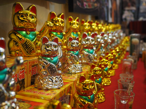 Hua Hin - Lucky cat galore (Maneki-neko)