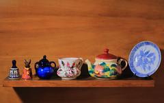 Porcelanas 3 (JVaragasC) Tags: porcelana jarron vaca campana taza flores azul soporte decoracin delicado fragil tapa artesania artesano vidrio pintadoamano pintura textura plato