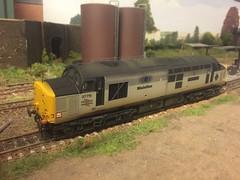 37715 xo SL British Petroleum (daveymills31294) Tags: 37715 british petroleum class 37 377 bachmann 4mm mainline freight