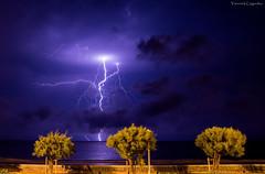 clair sur Hendaye plage (Chronique d'un chasseur d'images) Tags: orage storm clair lightning thunder thunderstorm tempte foudre hendaye cotebasque paysbasque basque ocean atlantique sea nuit night flash