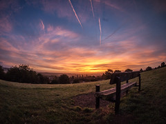 Autumn Sunrise from McIlroy Park (jameslf) Tags: autumn berkshire city hill reading skyline sunrise tilehurst england unitedkingdom mcilroy park