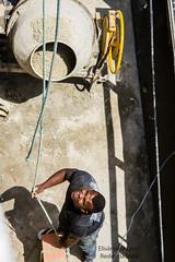 Elisngela Leite_Redes da Mar (REDES DA MAR) Tags: elisngelaleite riodejaneiro brasil favela mar parqueunio obra casadasmulheres trabalho homem complexodefavelas ong redesdamar