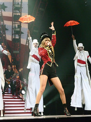 The RED Tour March 14, 2013-43 (XPJM13X) Tags: red mike matt caitlin ed paul march concert nebraska tour grant meadows center brett taylor omaha swift heller 14th amos 13th mickelson eldredge 2013 evanson sheeran billingslea sidoti centurylink xpjm13x
