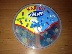 Harbo Schlmpfe (Like_the_Grand_Canyon) Tags: candy sweet gummi sour wein sauer weingummi ss