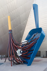 Big Sweep (mark6mauno) Tags: sculpture art museum big aluminum paint denverartmuseum steel denver plastic pan van dust sweep stainless oldenburg coosje claes wisk urethane bigsweep brugen