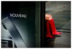 Paris 2013 (hp chavaz) Tags: street urban woman france color fuji streetphotography selection manipulation 100v10f fujifilm p tt np persons 500 array fav25 2013 unexplored xpro1 xf1855mm fav25p tumblrolds