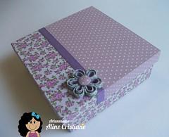Caixa Forrada Lilás (Line Artesanatos) Tags: caixa caixademadeira caixaforrada patchworkembutido