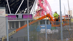 De-electric fence (Martin Deutsch) Tags: fence olympicpark electricfence london2012 londonolympicpark